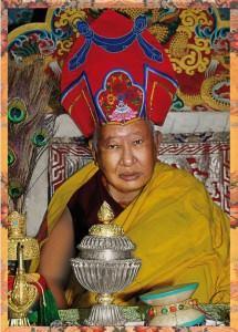 Kyabje Taklung Tsetrul Rinpoche  conférera  les profondes initiations des trésors du Longchen Nyingthik Head_l10