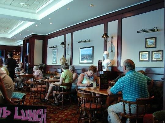 "Cunard Fashions - ""Real"" Photos 27182710"