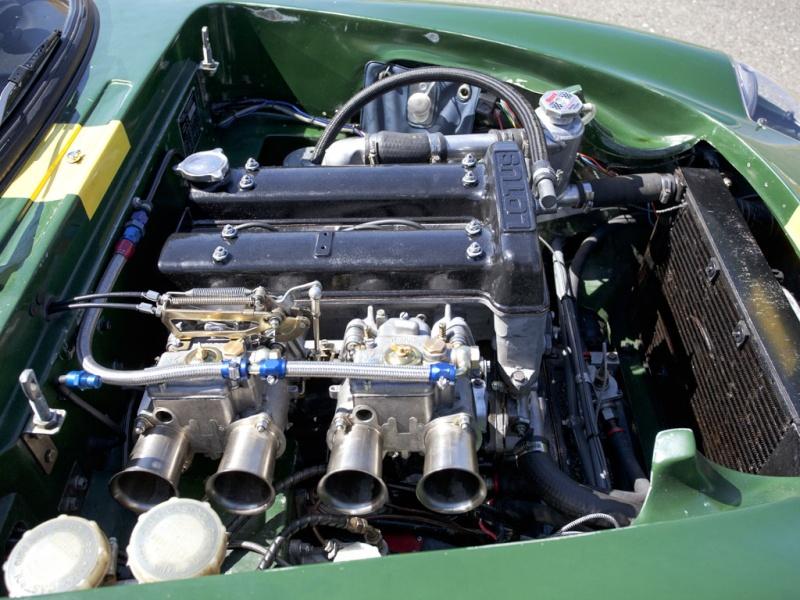 Lotus Elan 26R  (competition) Lotus_12