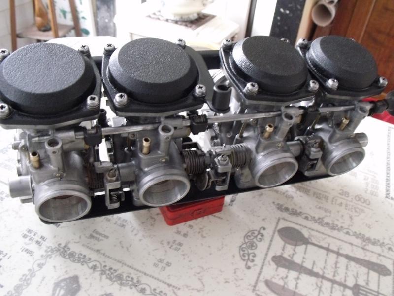 sauvetage et transformation d'un 750 gpz de 1982 Dscf9814