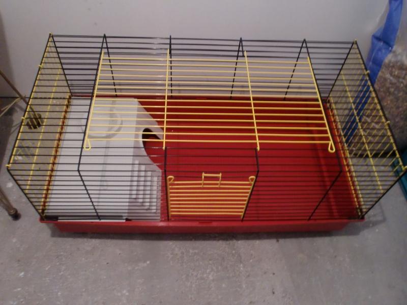 Grande cage et petites cages et aaccessoire ferplast 00712