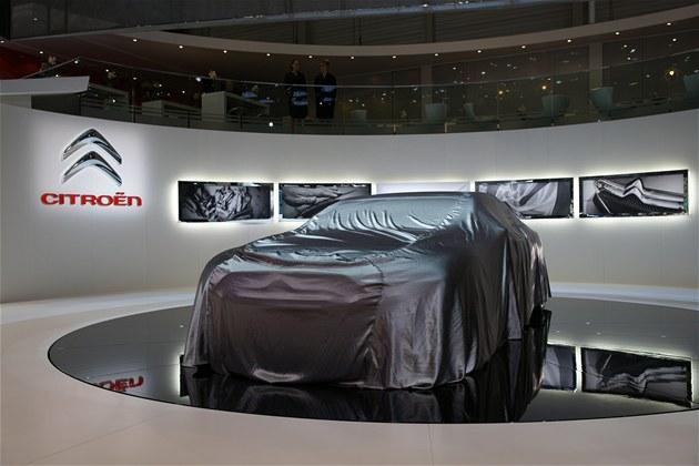 [SALON] GENEVE 2011 - Salon international de l'auto - Page 5 Fdv39710