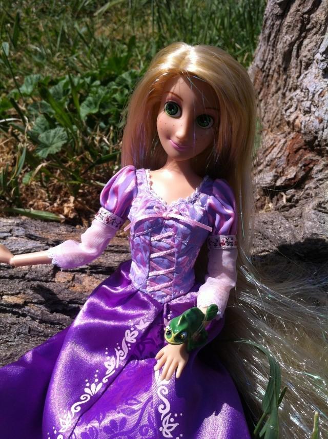 Ma collection des poupées des films de DISNEY - Page 6 Img_3410