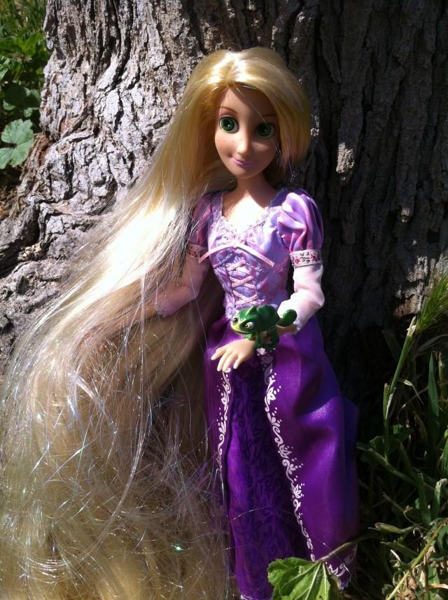 Ma collection des poupées des films de DISNEY - Page 6 Img_3414