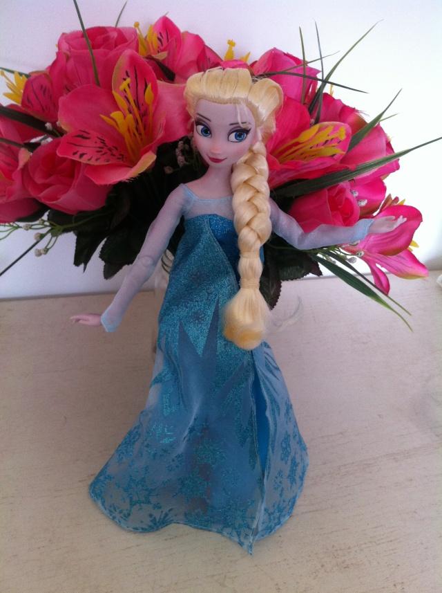 Ma collection des poupées des films de DISNEY - Page 6 Img_6829