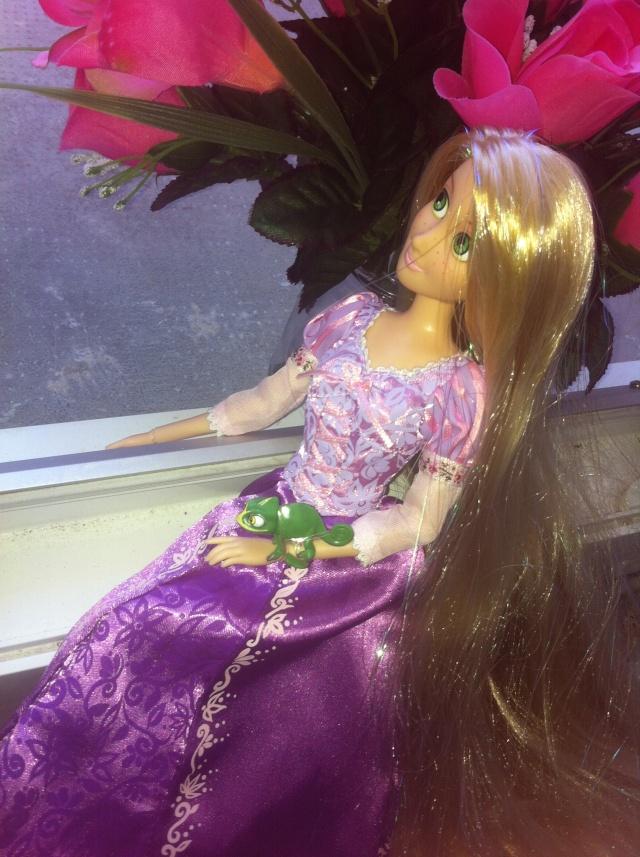 Ma collection des poupées des films de DISNEY - Page 6 Img_6929