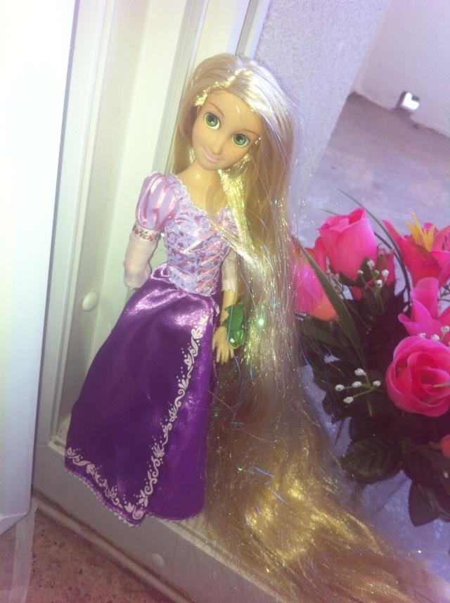Ma collection des poupées des films de DISNEY - Page 6 Img_7010