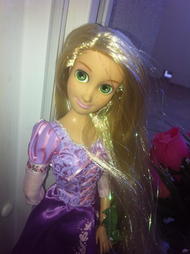 Ma collection des poupées des films de DISNEY - Page 6 Img_7011