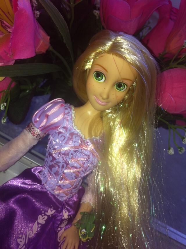 Ma collection des poupées des films de DISNEY - Page 6 Img_7013