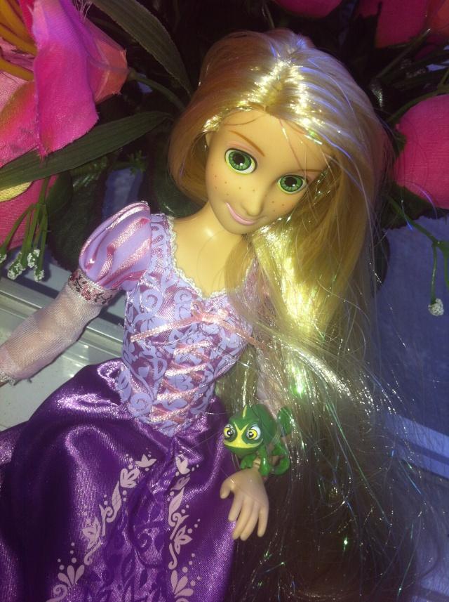 Ma collection des poupées des films de DISNEY - Page 6 Img_7015