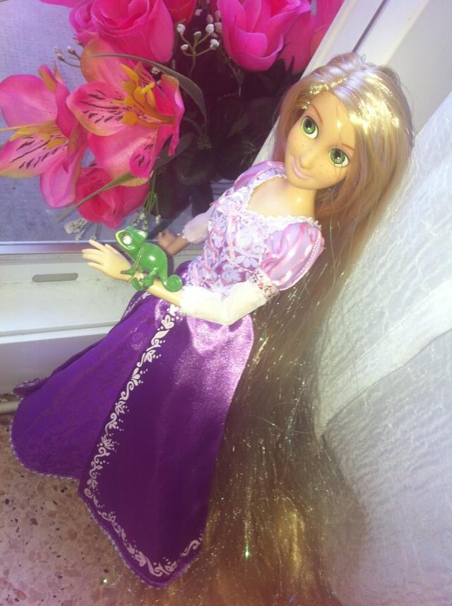 Ma collection des poupées des films de DISNEY - Page 6 Img_7020