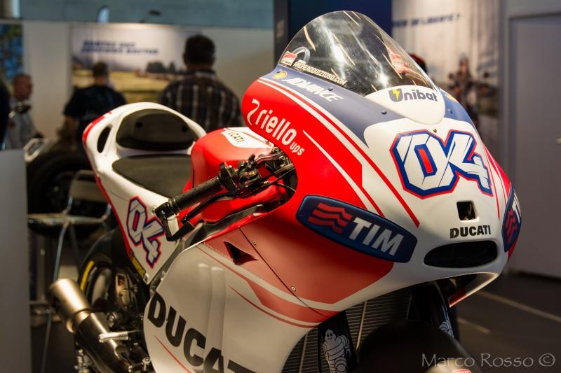 Salon de la Moto - Paris 2016... - Page 2 Ducati12
