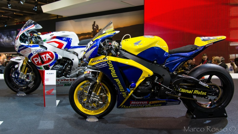 Salon de la Moto - Paris 2016... - Page 2 Honda_11