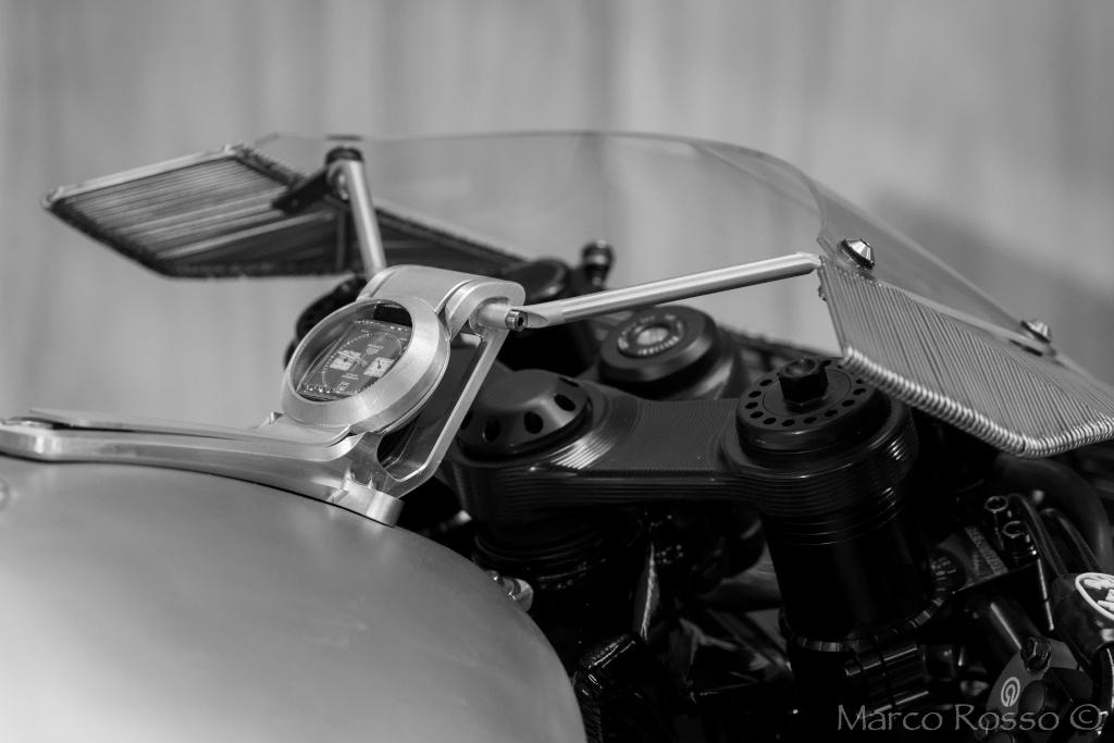 Salon de la Moto - Paris 2016... - Page 3 Praem_14