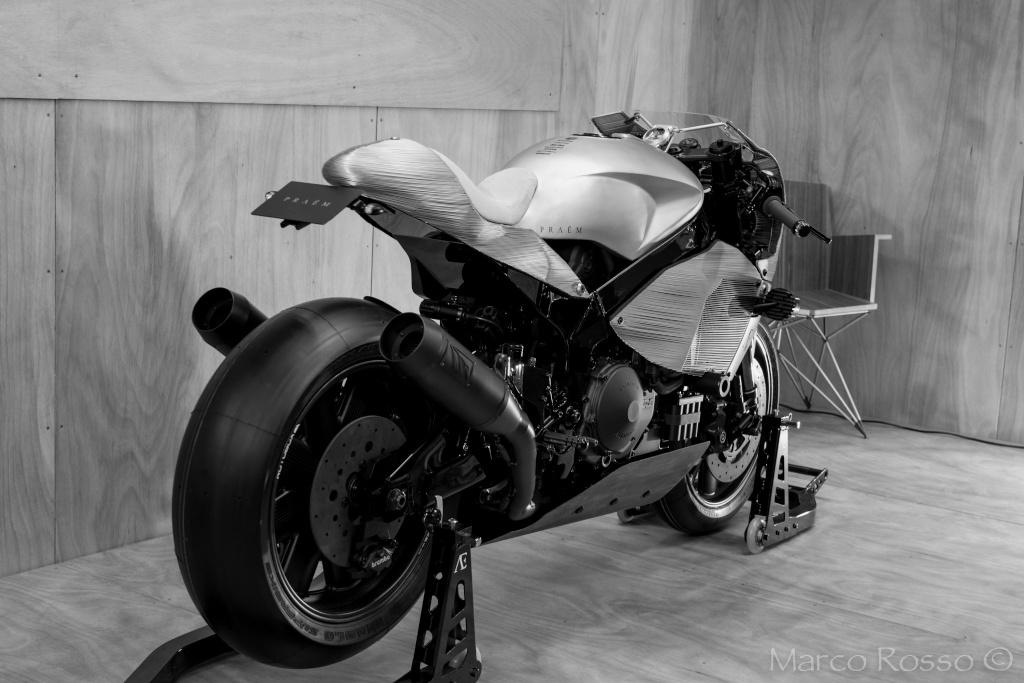Salon de la Moto - Paris 2016... - Page 3 Praem_19