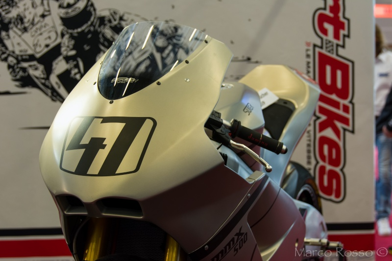 Salon de la Moto - Paris 2016... - Page 3 Suter10