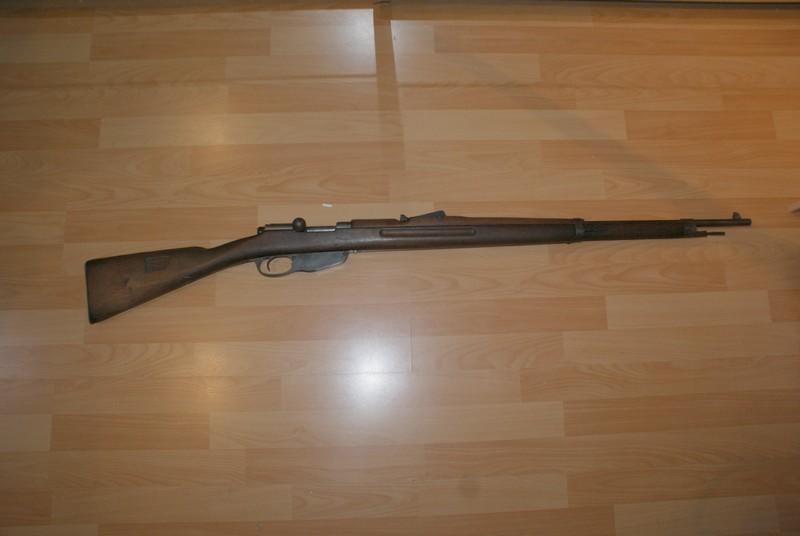 Question sur les armes normalement en catégorie D qui sont reclassées dans une autre catégorie  Dsc08911