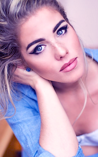 Emily Bett Rickards avatar 200x320 Allie_13