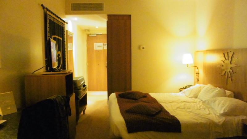 [Hôtel partenaire] Vienna House Dream Castle Paris - Page 13 P1030345