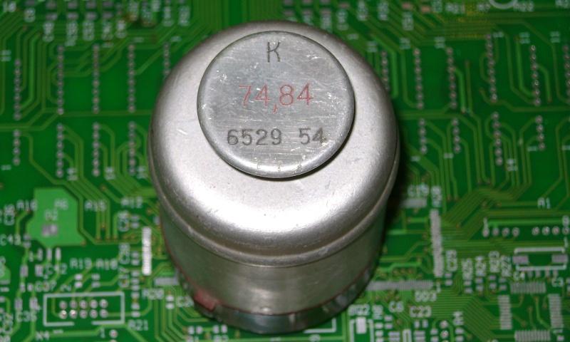 Кварцы в металлических корпусах Б1-Б3, М1-М3 Ei110