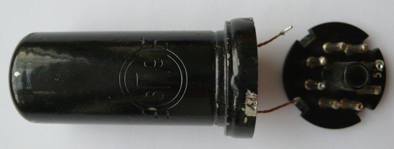 Калибровочные кварцы в корпусах октальных ламп. O_aedi10