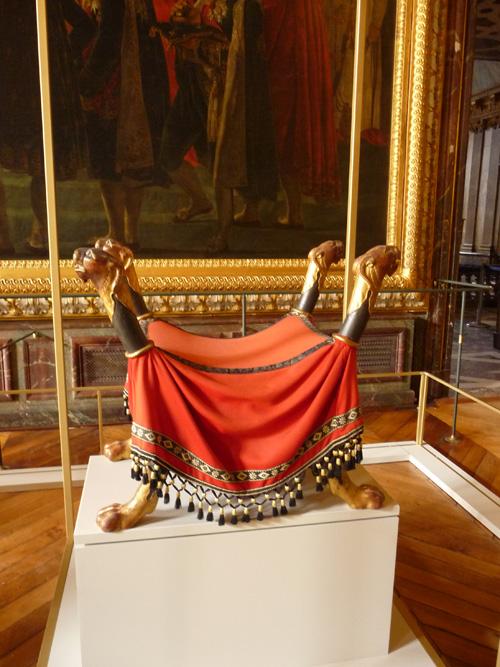 Arras : Napoléon, exposition «Versailles» en 2017-2018 Trone-10