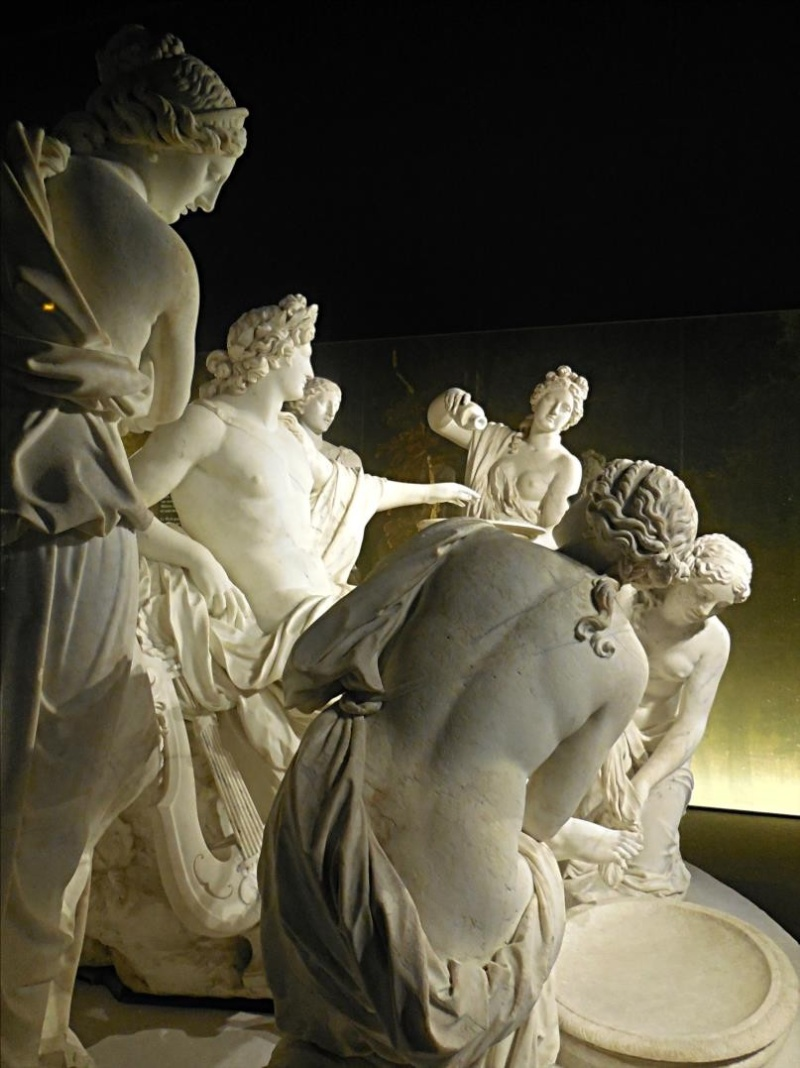Versailles, Apollon servi par les Nymphes 14458810