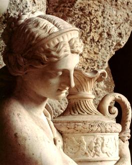Versailles, Apollon servi par les Nymphes Image010