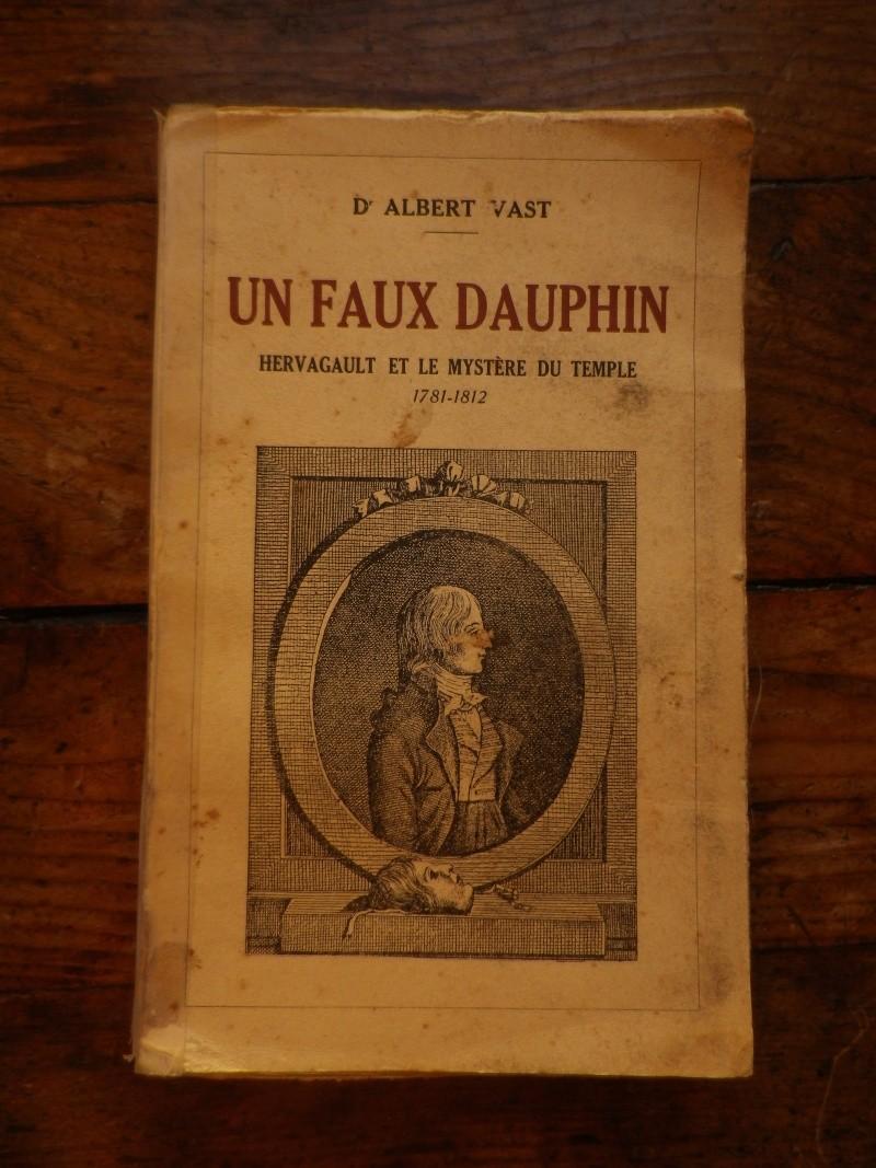 Un faux dauphin, Hervagault et le Mystère du Temple Le_vra11