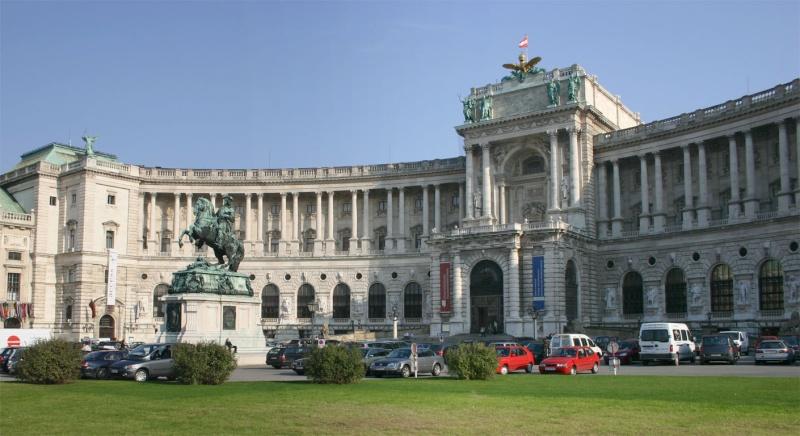 Vienne, la Hofburg Wien_h10
