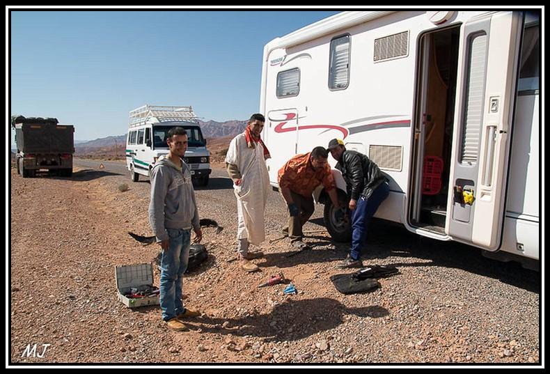 """[Maroc/Histoire, Accueil...] Quand la phrase """" Bienvenue au Maroc """"prend un sens  Img_7310"""