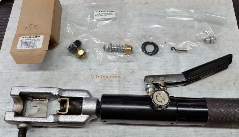 Outil pour faire des flares de freins et essence, Masterlcool brake and gas line flairing tool 20151212