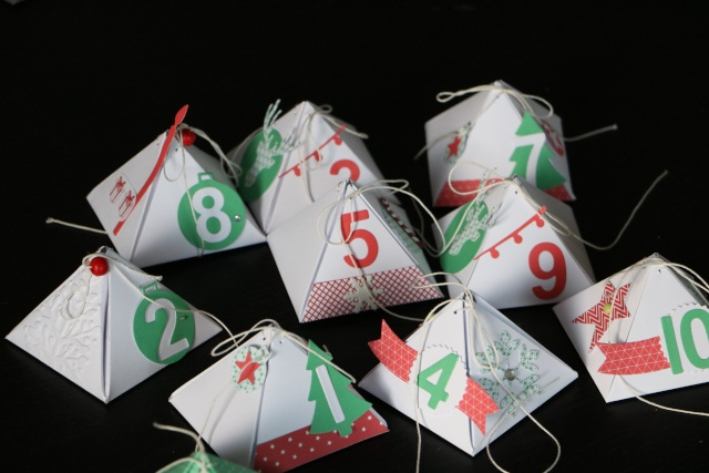 25 Novembre - emballage en forme de pyramide. Img_4718