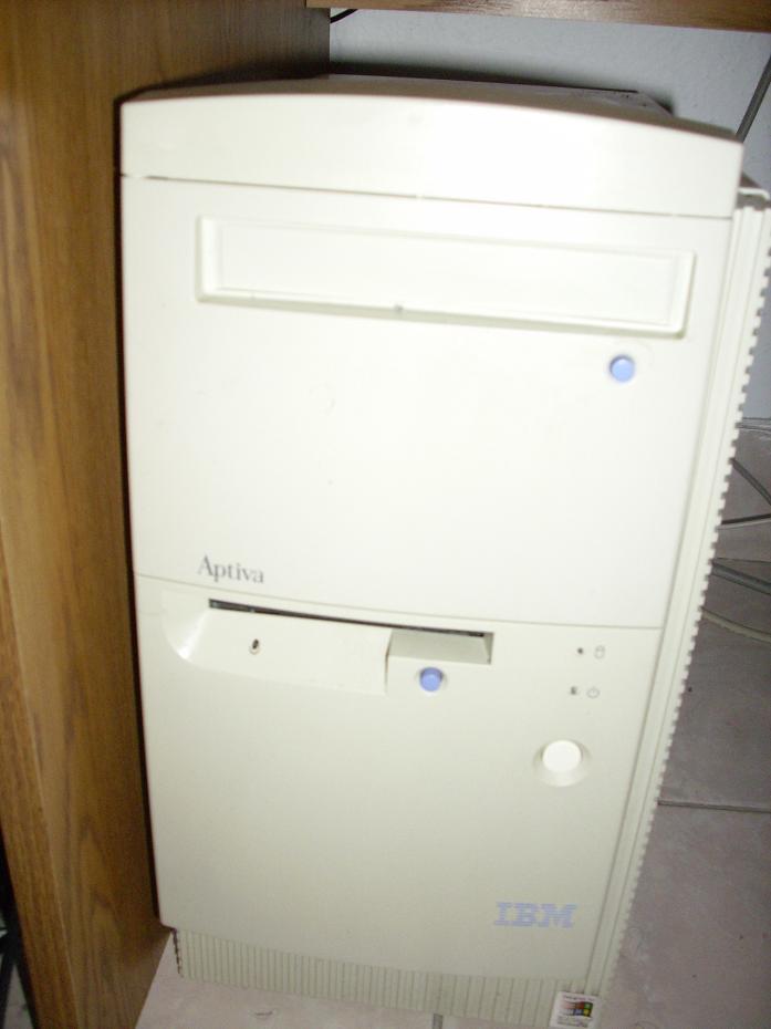 A quel age avez vous eu votre premier ordinateur? Comput10