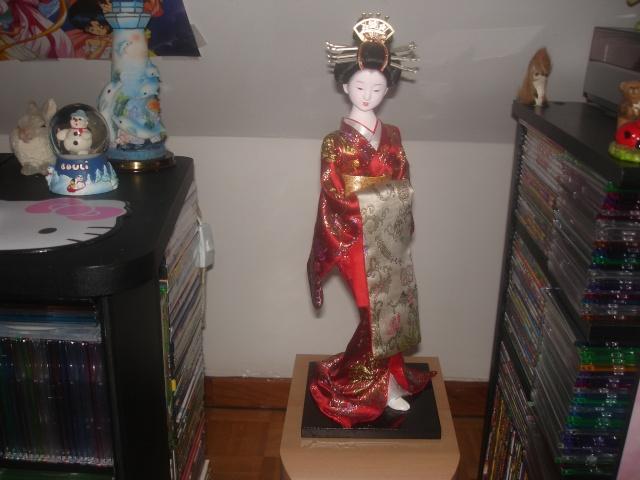 Les poupées geishas Dsc01010