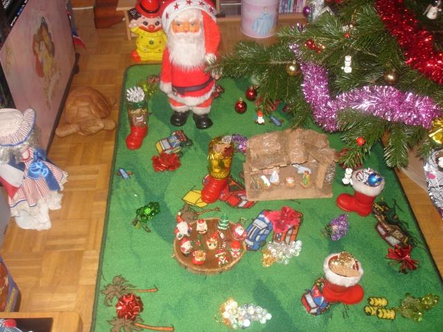 Votre décoration de Noel - Page 2 Dsc04012