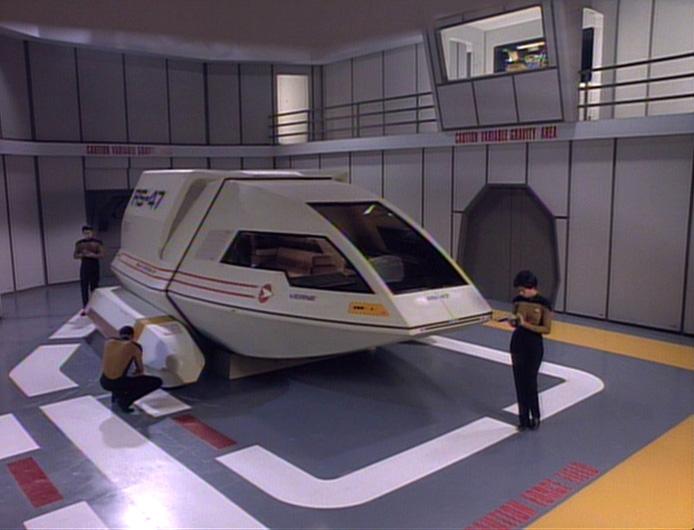 Shuttlebay 02 - USS Enterprise 1701 D - TNG 6x13_a10