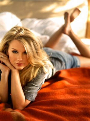"TAYLOR SWIFT ""Speak Now"" - Page 2 Taylor13"