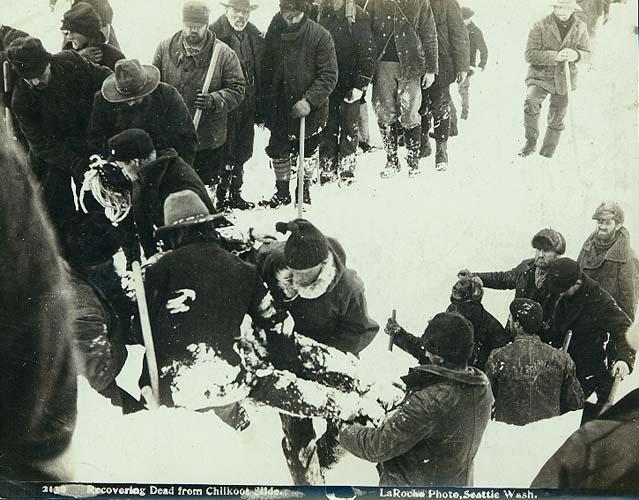 Dawson City, ville témoin de la ruée vers l'or du Klondike. - Page 2 189