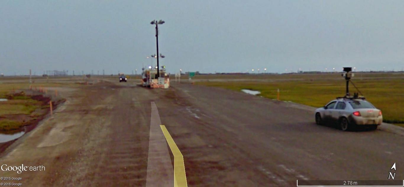 STREET view : Deux Google car qui se suivent, Territoires du Nord Ouest, CANADA 190