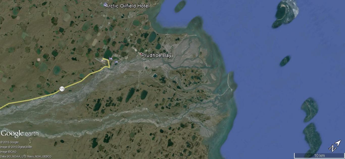 STREET view : Deux Google car qui se suivent, Territoires du Nord Ouest, CANADA 192