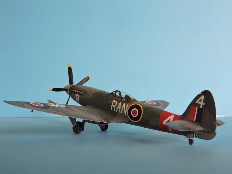 [ AIRFIX] Spitfire MK22 Spitif46