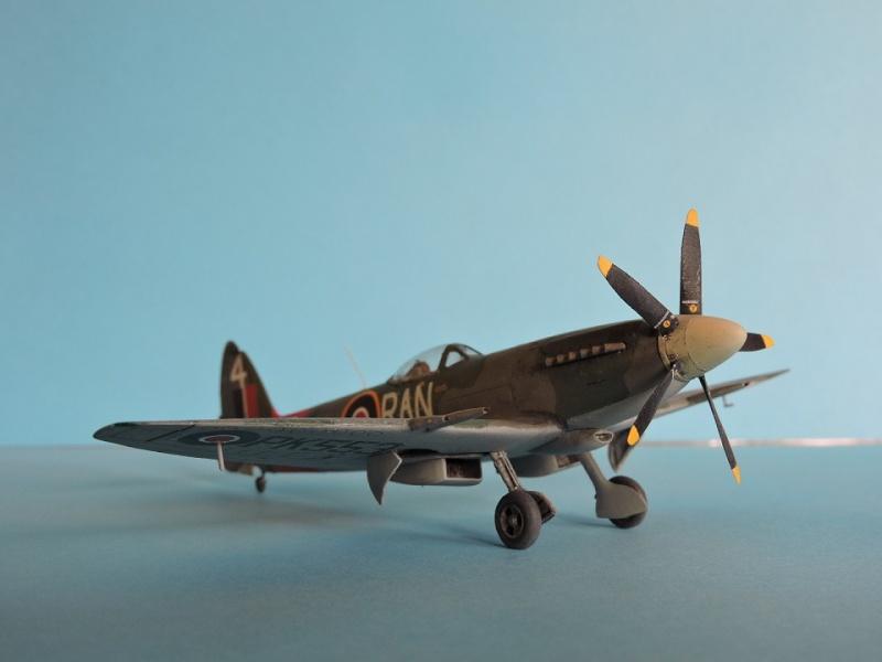 [ AIRFIX] Spitfire MK22 Spitif48