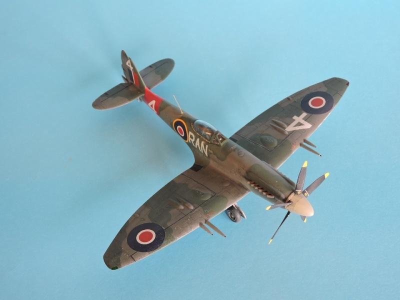 [ AIRFIX] Spitfire MK22 Spitif49