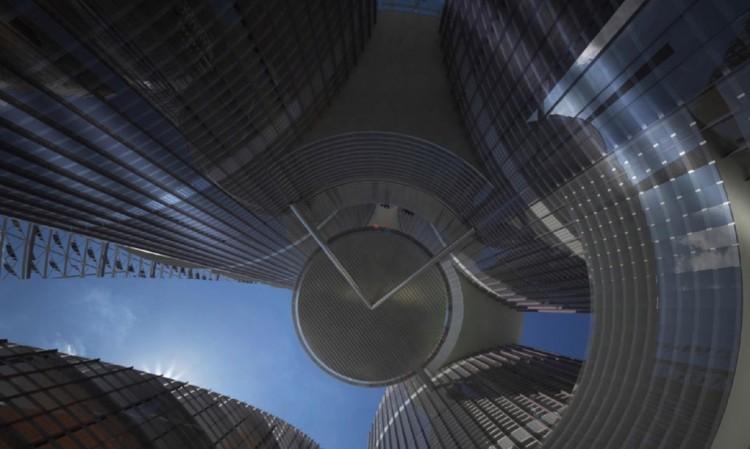 عروس العراق: أعلى من برج دبي ولا تحتاج إلا طاقة الشمس لإدارتها بالكامل! The-br14
