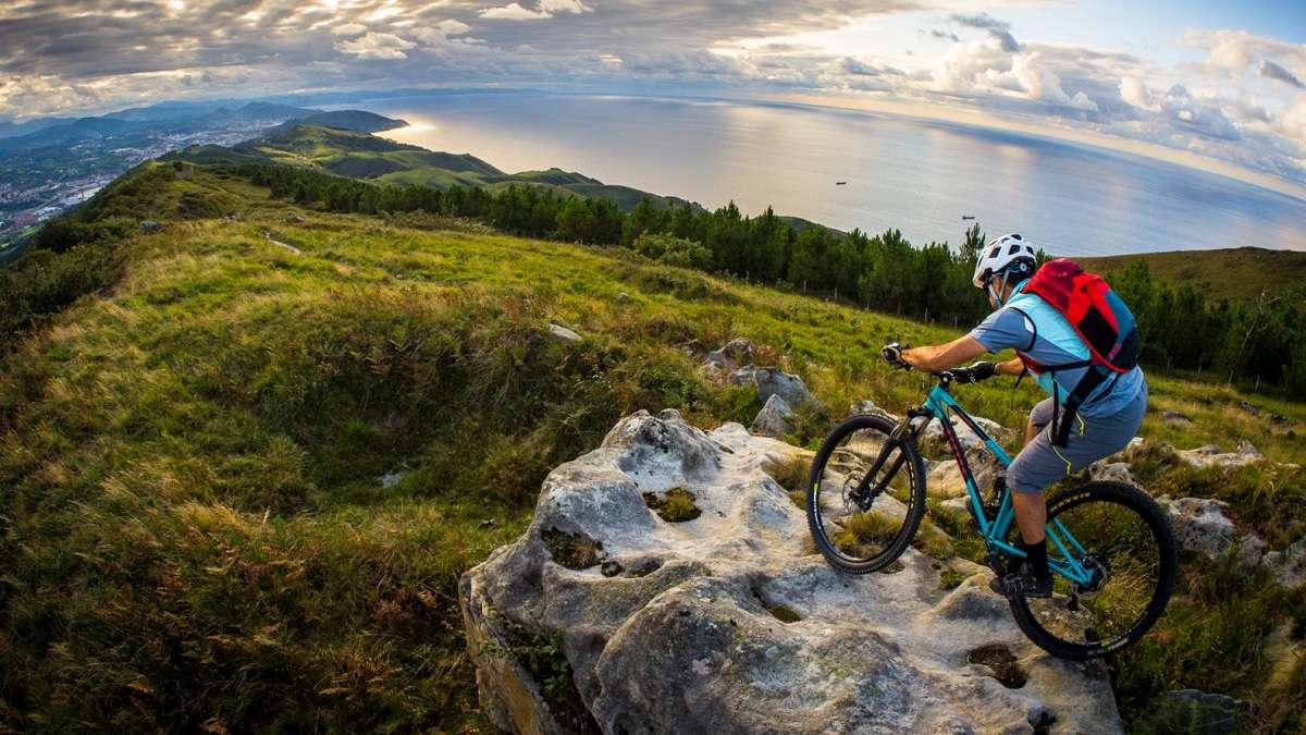 Belles images de paysages à vélo, mais pas que...  - Page 8 Bmtb510