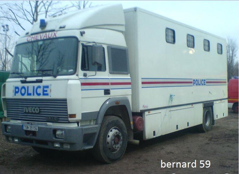 Police,CRS, Gendarmerie, Douanes (tous pays) - Page 3 Captur10