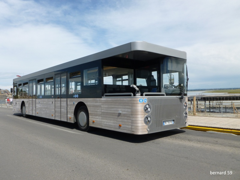 Bus du Mont Saint Michel P1000810