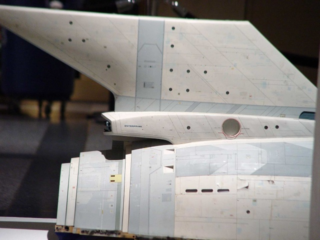 USS Enterprise NCC-1701 REVELL Enterp10