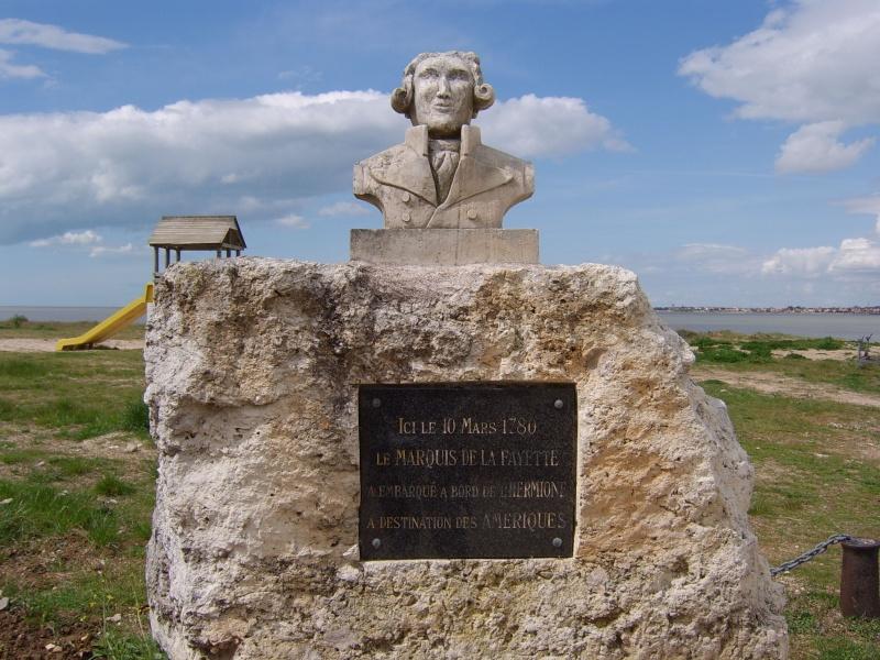 Lafayette Statue10
